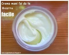DIY hand cream, quick and easy recipe- Crema mani fai da te, ricetta facile e veloce Hands are my weak point. I& not used to using gloves when doing housework, so they often dry up and … - Hobbies To Take Up, Cheap Hobbies, Hobbies For Women, Diy Beauté, Finding A Hobby, Essential Oils Soap, Hobby Room, Hobby Lobby, Facial Cleansers