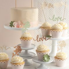 Unique DIY cake toppers for wedding and birthdays. Free printable template