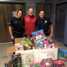 Firehouse Movers Teams Up with Christmas Cops for Toy-Giving Activity this Holiday Season #chirstmastoy