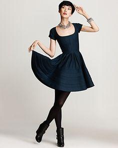 Zac Posen Short Sleeve Flare Dress