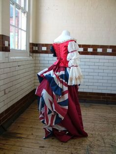 Amazing steampunk dress based on country flag.