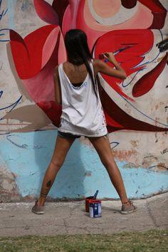 Η Fio Silva είναι το νέο αστέρι της στριτ-αρτ