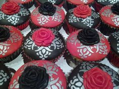 silver cupcakes | Black, red and silver cupcakes