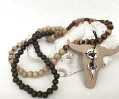 Ketten lang - lange Kette, Büffel, Leder beige - ein Designerstück von moanda bei DaWanda