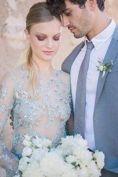 Fine Art Wedding Inspiration from Greece | Alexis Rose Photography | Bridal Musings Wedding Blog