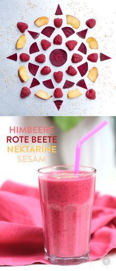 Smoothie-Montag 04: Himbeere-Rote Beete-Nektarine-Sesam Smoothie #smoothiemontag #feiertaeglich