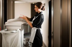 Contact Neat Cleaning Services now to get the best and professional maid service in Libertyville IL. Hotel Cleaning, Cleaning Services, Apartment Cleaning, Hotel Housekeeping, Butler Service, Hotel Uniform, Maid Uniform, Pastel Decor, Kitchenaid