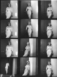 suicideblonde:  Marilyn Monroe photographed by Phillipe Halsman in 1952