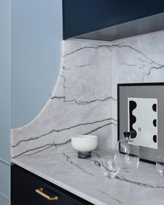 Forming a design language in our projects is all important. This shaped, curved stone side splashback is an elegant sculptural element that… Chalk Paint Kitchen Cabinets, Kitchen Paint, Warehouse Apartment, Storey Homes, Functional Kitchen, Pocket Doors, Mid Century House, Open Plan Living, North Shore