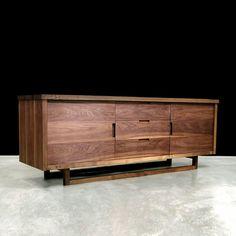Великолепная мебель от компании Hudson Furniture