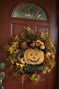 halloween wreaths for front door | made this one a few years ago, my first Halloween wreath.