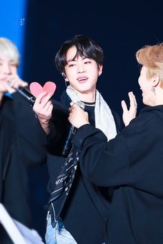 ଘ♡ଓ ੈ-✩ 171208 The wings tour the final // #JIN