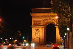 L'Arc de Triomphe.  Paris