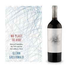 Le livre : No Place To Hide de Glenn Greenwald, publié par Metropolitan Books (USA). Proposition pour Penguins Books (Australie). Design : inconnu.  Le vin : El Nido 2006, produit par Bodegas El Nido (Espagne). Denominación de Origen Jumilla. Design : inconnu.  —————  Book : No Place To Hide by Glenn Greenwald, published by Metropolitan Books (USA). Proposal to Penguins Books (Australia). Design : unknown.  Wine : El Nido 2006, produced by Bodegas El Nido (Spain). Denominación de Origen…