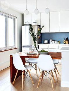 homedecordream:  Interior Design Dream Condo tour: Chic kitchen design {PHOTO: Stacey Brandford}See the… via Tumblr