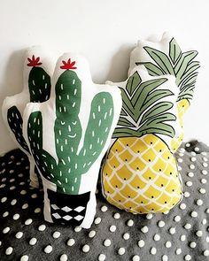 32.29$  Watch now  - Vivid Green Plant Cactus Fresh Pineapple Cushion Stuffed Decorative Baby Pillows Car Sofa Store Home Decoration Prop Cushion