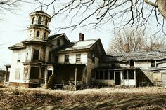 'Let's Scare Jessica To Death' house.