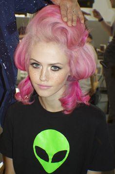 [ • fashion model - alien t-shirt - hair & makeup • ]