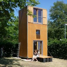 The first HomeBoxes are experimental objects for construction: They use materials and construction methods which are not typical and almost all...