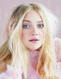 """ Dakota Fanning photographed by David Roemer for Marie Claire UK, Jan 2018 "" Dakota Fanning, Fanning Sisters, Beauty Around The World, Golden Child, Dakota Johnson, Marie Claire, American Actress, Pretty In Pink, Psychopath"