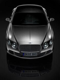 Bentley, still life photography by Frederik Lieberath _
