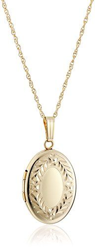 Yellow Gold Hand Engraved Oval Locket Necklace, > Quickly view this special jewelry, click the image : trend jewelry 2016 Necklaces With Meaning, Girls Necklaces, Earring Trends, Jewelry Trends, Locket Necklace, Initial Necklace, Necklace For Girlfriend, Gold Hands, Summer Jewelry