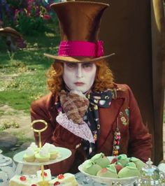 Alice through the Looking Glass: The Mad Hatter (young)