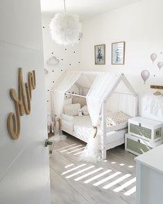 Photo credit: @teoninaalex Kids Bedroom Designs, Baby Room Design, Room Ideas Bedroom, Baby Room Decor, Big Girl Bedrooms, Girls Bedroom, Toddler Rooms, Girl Room, Photo Credit