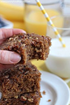 Oatmeal Coffee Cake | delicious breakfast cake made using oatmeal for the moistest cake you'll ever eat! Great for not only breakfast, but dessert too!