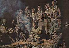 307 - Angola - Cerimónia Muíla noturna do Cortejo do Boi Sagrado