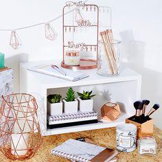 Pantone Colors: Copper Tan Design and Inspirations - Home design ideas: Copper accessories for your home decor - Home Decor Bedroom, Diy Room Decor, Diy Bedroom, Trendy Bedroom, Bedroom Ideas, Copper Bedroom Decor, Marble Bedroom, Serene Bedroom, Bedroom Small