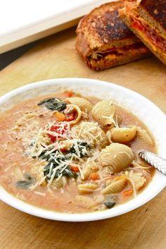 Tuscan Sausage Soup // Feast on the cheap - Joybx