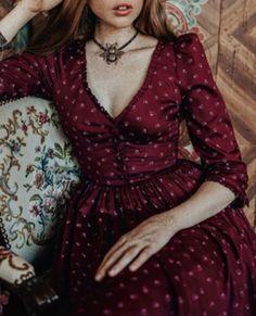Dresses With Sleeves, Long Sleeve, Romance, Dark, Fashion, Gowns, Romance Film, Moda, Romances