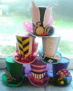 Alice in wonderland top hats by Lletshaveaparty on Etsy