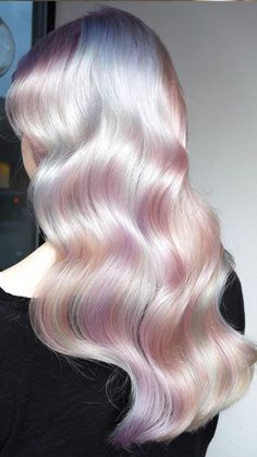 25 Tips & Illuminant Shades To Rock Magical Holographic Hair Discover The Chatoyant Dimension Of Holographic Hair And A Mixture of Irresistible Trends Of Now ★ Brown Ombre Hair, Ombre Hair Color, Purple Ombre, Hair Colors, Cabello Opal, Pastel Rainbow Hair, Opal Hair, Aesthetic Hair, Grunge Hair