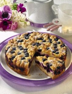 Blaubeer-Streuselkuchen mit Schmand Blueberry Streusel Cake Use Google to translate if needed.  It sounds wonderful.  I will try.