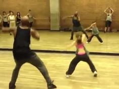 10-Year-Old Girl With Incredible Dance Skills! She is amazing!