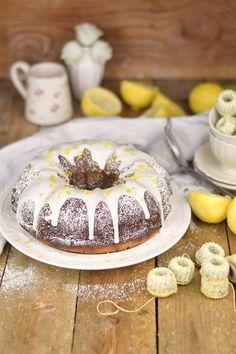 Zitronen Joghurt Gugelhupf - Lemon Yogurt Bundt Cake #lemon #zitrone #gugelhupf…
