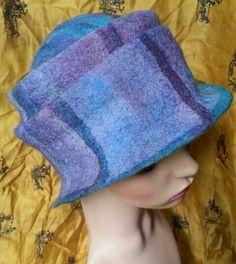 Merino wool felt hat.