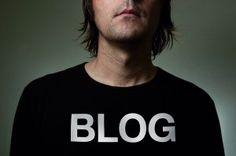 Im Unterschied zu anderen Kanälen bietet ein Blog die schnelle und einfache Möglichkeit, auf alle eigenen Online-Aktivitäten zu verweisen und diese zusammenzuführen.