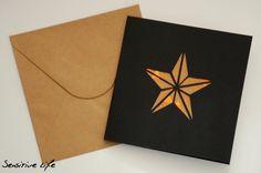 Carte postale Etoile découpée  fond motif Noël par SensitiveLife