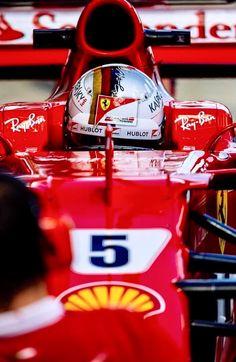 2017/8/10:Twitter:@sebvettelnews: #Vettel #Seb5 #F1