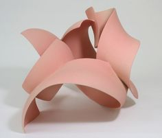 Ceramic sculpture by Wouter Dam