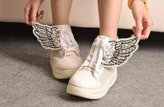 Wings trainers