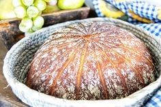 This fine and rustic recipe of a spelt bread is easy to produce and tastes great with cheese, salami, ham etc. I added also pumkin, sunflower and flaxseeds. Spelt Bread, Cooling Racks, Cold Cuts, Cake Tins, Tray Bakes, Farmer, Ham, Oven, Artisan