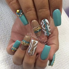 Aqua Gold and White Nail Art @nailsyulieg