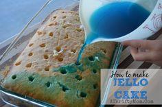 Frozen Party Idea ~ Blue Jello Cake - Easy to make recipe Blue Jello, Köstliche Desserts, Delicious Desserts, Yummy Food, Poke Cakes, Cupcake Cakes, Yummy Treats, Sweet Treats, Cake Recipes