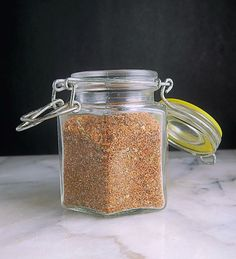 Mexican Pinto Bean Spice is such an easy way to jazz up your pinto or refried beans! You'll find yourself sprinkling this magic dust on other dishes! Bean Seasoning Recipe, Seasoning Mixes, Homemade Spices, Homemade Seasonings, Spice Blends, Spice Mixes, Mexican Pinto Beans, Pinto Bean Soup, Navy Bean Soup