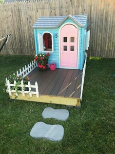 Little tikes playhouse makeover! All you need is a few cans of spray paint and a lot of patience. Did this fun project over a weekend, well worth it! Could be a cute duck pen with predator proofing Little Tikes Playhouse, Backyard Playhouse, Build A Playhouse, Backyard Playground, Playhouse Ideas, Painted Playhouse, Backyard Toys, Outdoor Playhouse For Kids, Kids Plastic Playhouse