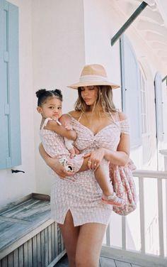Moda Kylie Jenner, Kylie Jenner Dress, Kylie Jenner Fotos, Trajes Kylie Jenner, Kylie Jenner Instagram, Kylie Jenner Style, Kylie Jenner Swimsuit, Travis Scott Kylie Jenner, Estilo Kylie Jenner